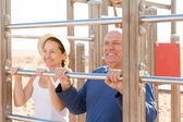Mature couple training — Stock Photo