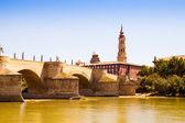 Stone Bridge in Zaragoza. Aragon — Stock Photo