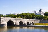 Bridge over Manzanares river in Madrid — 图库照片