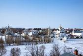 冬 suzdal でポクロフ スキー修道院 — ストック写真