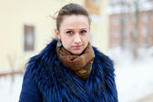 Woman at wintry  street — Stock Photo