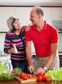Couple cooking  lunch — Stock Photo