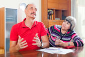 Man and woman having financial problems — Stock Photo