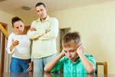 Parents berates her teenage child — Stock Photo