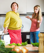 Mother and  daughter  after quarrel  — Stockfoto