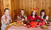 Women drinking tea — Stock Photo
