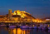 Vue du port dans la nuit. alicante — Photo