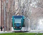 Tram sur la rue — Photo