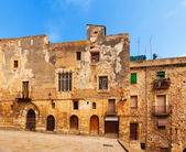 Old  residence houses in Tarragona — Stock Photo
