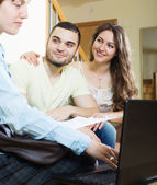 Couple discussing details of private insurance — Stock Photo