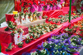 Flowers and decorations for sale  — Stock Photo