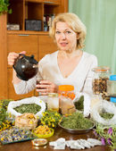 Senior  woman drinking herbal tea   — Stock Photo