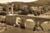Medieval bridge over river   — Stock Photo