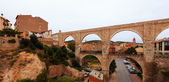 Los Arcos aqueduct in Teruel — Stock Photo