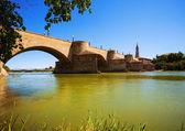 Medieval stone bridge over Ebro river — Stock Photo