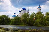 Heilige bogoljubowo kloster — Stockfoto