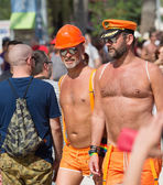 Couple during  Gay pride parade in Sitges — Zdjęcie stockowe