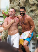 Happy couple at gay pride parade in Sitges — Stock Photo