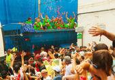 Beginning of La Tomatina festival  — Stock Photo