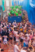La Tomatina festival - tomatoes madness — Stock Photo
