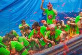 La Tomatina festival in spanish town — Stock Photo