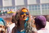 Woman in paint pigments  at  Festival  Holi Barcelona — Stock Photo