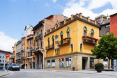Ordinary street of catalan town. Vic — Stock Photo
