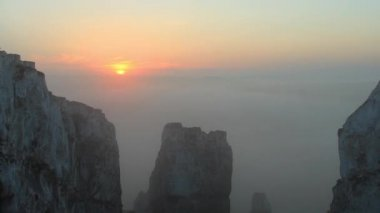 Timelapse sunrise in the mountains. Village Belokuzminovka, Donetsk region, Ukraine — Stock Video