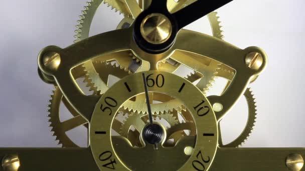 Movimiento complejo de un moderno reloj cuerdo, hd lleno — Vídeo de stock