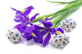 Iris buket üç paskalya yumurtaları — Stok fotoğraf