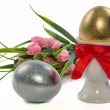 Easter eggs and tulips — Foto de Stock
