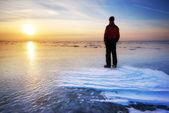 Homem e inverno. — Foto Stock