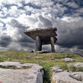 Poulnabrone dolmen — Stock Photo