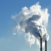Industrial smoke from chimney on sky — Foto Stock