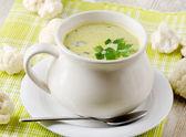 Cavolfiori e zuppa cremosa di verdure — Foto Stock