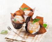 Domácí muffiny s mátou — Stock fotografie