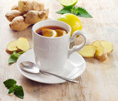 Cup of tea and ginger — Stock Photo