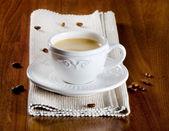 Filiżanka kawy i fasoli — Zdjęcie stockowe