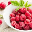 Fresh raspberries . — Stock Photo