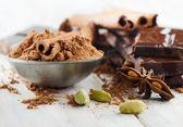 Nefunkční čokolády a koření — Stock fotografie