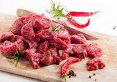 Syrové hovězí maso — Stock fotografie