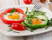 Fresh vegetables and eggs — Stock Photo