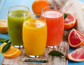 新鮮な柑橘類のジュース — ストック写真