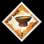 VIETNAM - CIRCA 1986: A stamp printed in Vietnam shows wicker basket, circa 1986 — Stock Photo