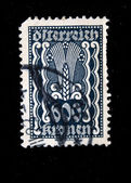 AUSTRIA - CIRCA 1924: Austrian postage stamp showing the spike in the center of a nominal value of 600 kronen, circa 1924 — Stock Photo