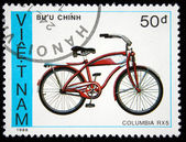 VIETNAM - CIRCA 1988: A stamp printed by Vietnam shows bicycle Columbia RX5, circa 1988 — Foto Stock
