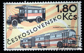 CZECHOSLOVAKIA - CIRCA 1969: a stamp printed by Czechoslovakia shows old buses, circa 1969 — Foto de Stock