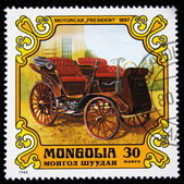 MONGOLIA - CIRCA 1980: A stamp printed in the Mongolia shows vintage automobile Motorcar — Foto Stock