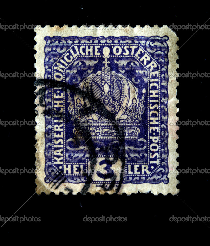 AUSTRIA - CIRCA 1900s: A stamp printed in Austria shows Austrian Imperial Crown, circa 1900s — Stock Photo #12160981