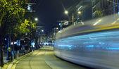 Istanbul spårvagn på natten — Stockfoto